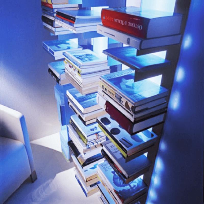 Linea lampada libreria porta-riviste Pallucco